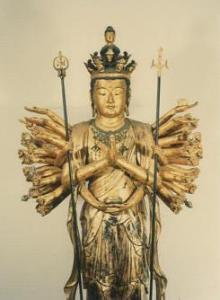 『木造十一面千手観音立像』の画像