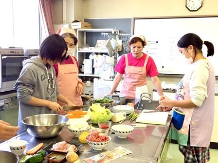 【記事】291126高校生会 料理、キャンドル