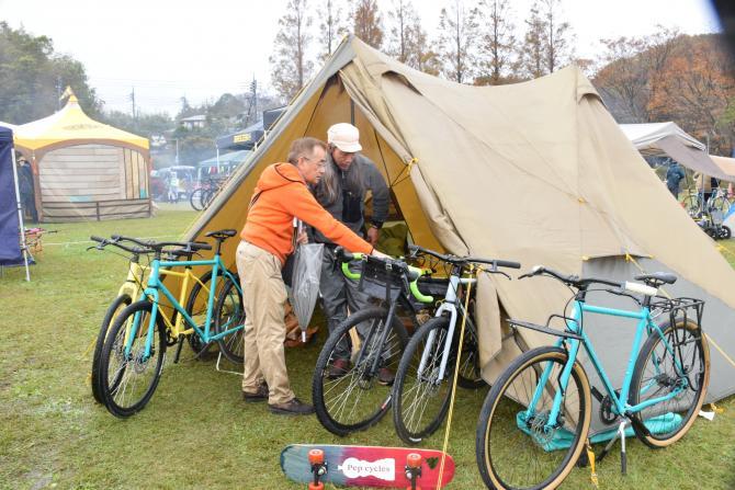 『バイク&キャンプ(2)』の画像