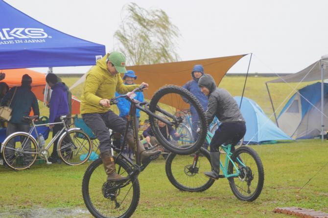 『バイク&キャンプ(12)』の画像