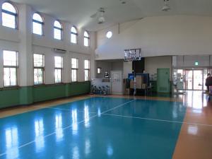 新治児童館(遊戯室)